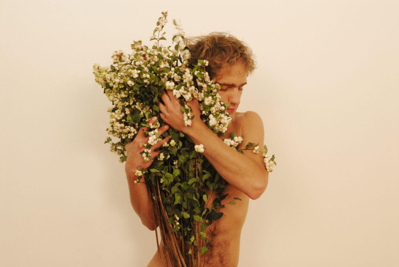PRINT 38 : Vestige de l'Extase-Traces of Ecstasy, Tribute To Rotimi Fani Kayode, Paris 2009 (© Joël Andrianomearisoa)