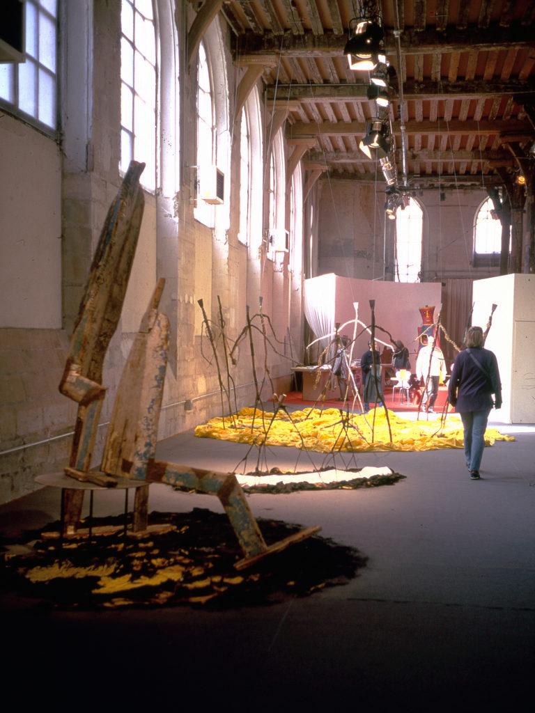 """""""Suites Africaines"""" exposition Revue Noire, Paris 1997 - les sculptures de Mustapha Dimé (Sénégal)"""